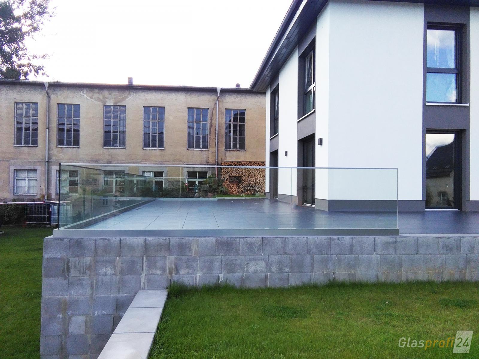 Absturzsicherung Geländer glasgeländer für balkon und dachterrasse glasprofi24