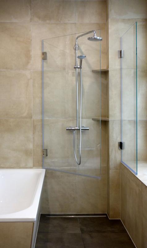 Duschwand als Badewannenaufsatz nach Maß  GLASPROFI24