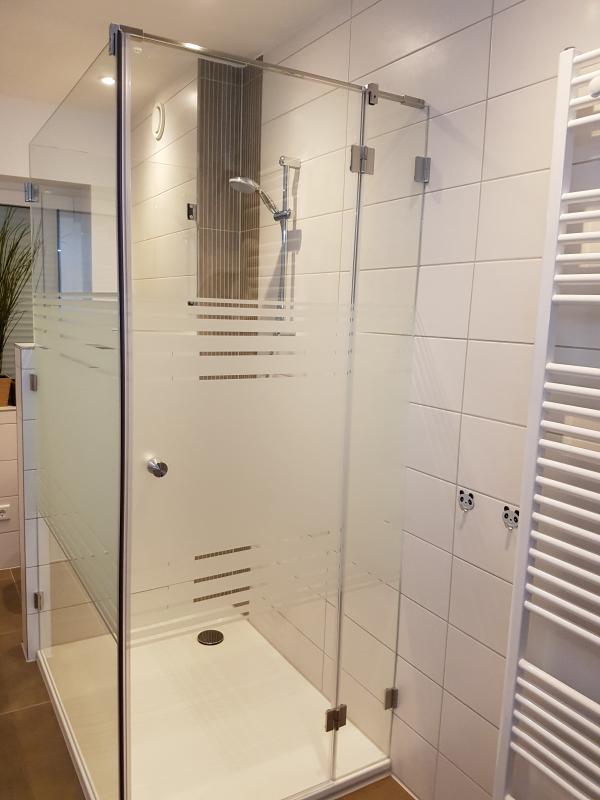 Tolle Dusche Garten Solar Sichtschutz Zeitgenössisch - Schlafzimmer ...