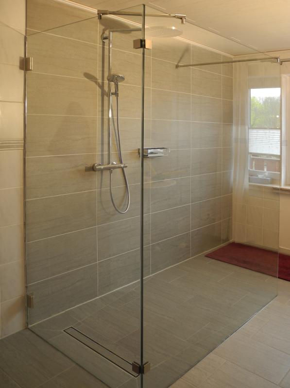 walk in dusche duschabtrennung aus glas glasprofi24. Black Bedroom Furniture Sets. Home Design Ideas