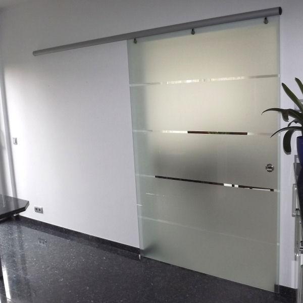 Schiebetür glas  Glasschiebetür mit Alu-Beschlag | GLASPROFI24
