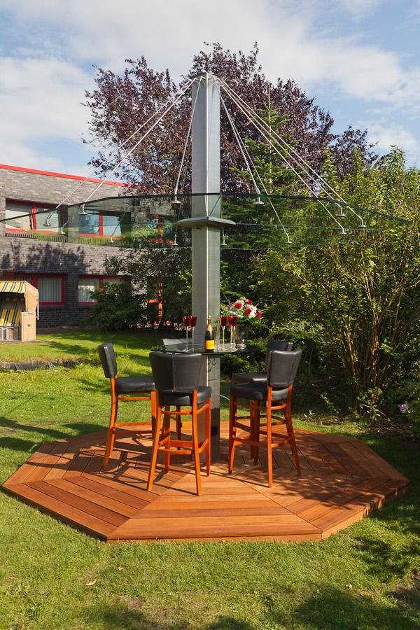 gartenschirm aus glas f r garten terrasse glasprofi24. Black Bedroom Furniture Sets. Home Design Ideas