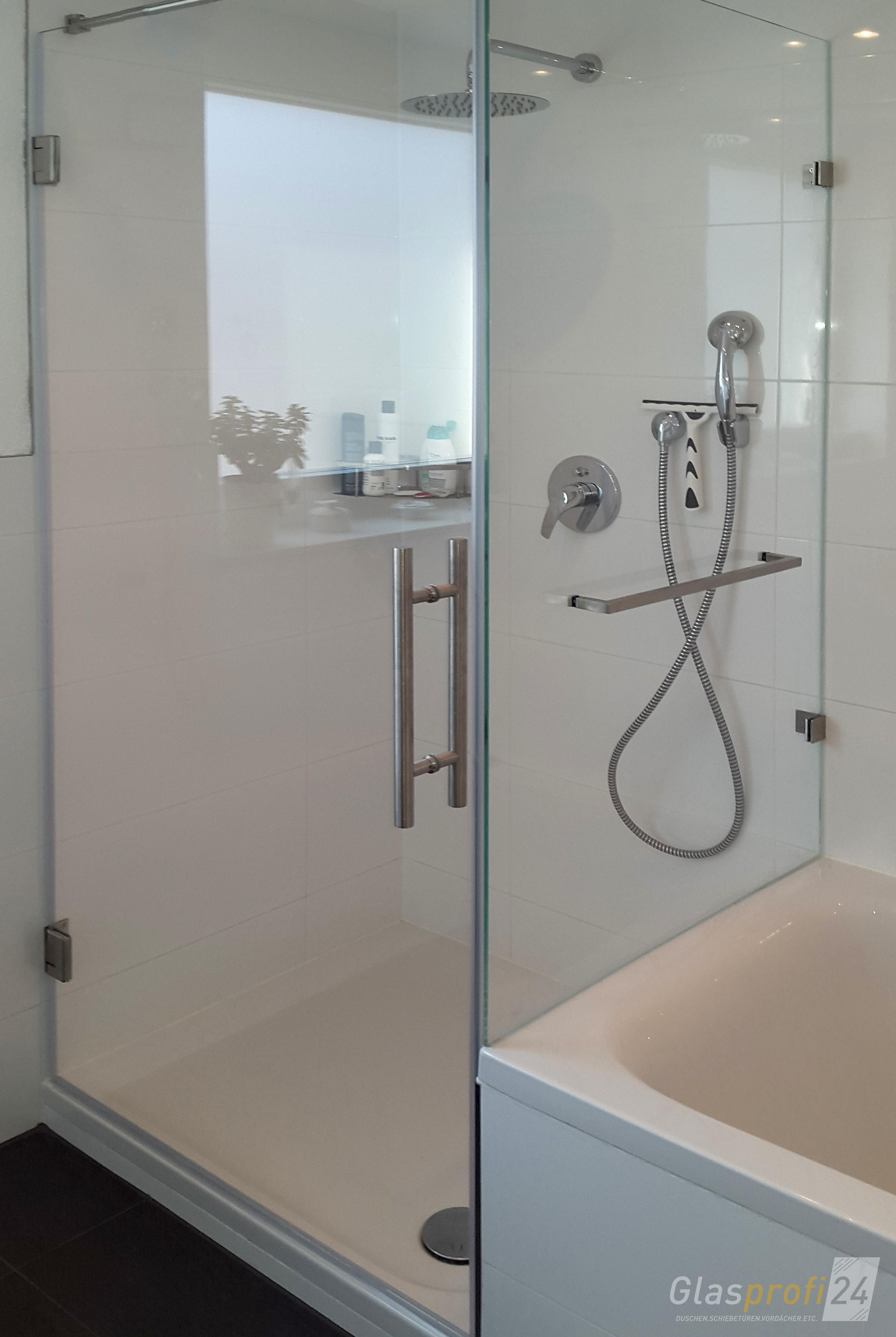 dusche aus glas an badewannenanschluss
