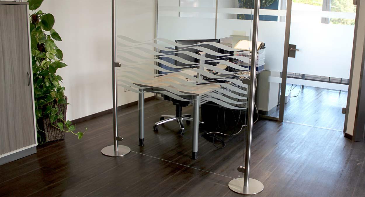 Glasstellwand f r innen stellwand aus glas glasprofi24 for Kuchenarbeitsplatte glas