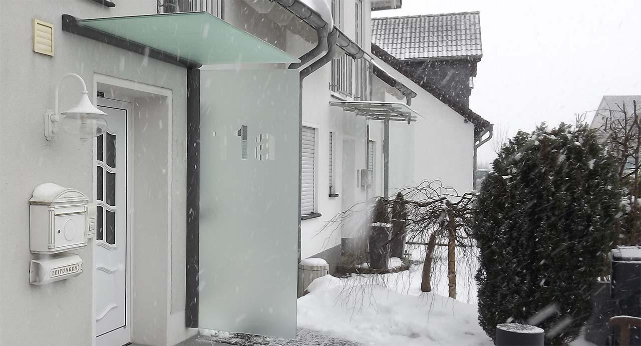 Seitenwindschutz Haustür