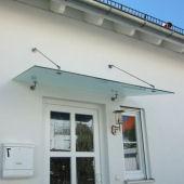 Glasvordach Serie Punto mit 2 Haltesets aus Edelstahl