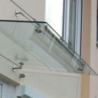 Großes Glasvordach Serie Punto